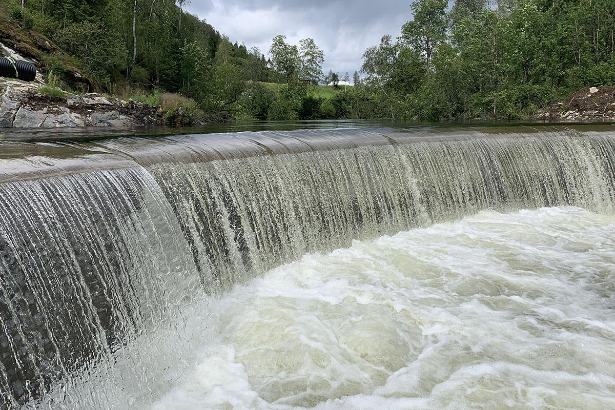 Anga vannkraftverk dam